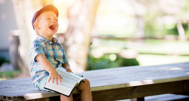 Dia da Criança: o que fazer pra curtir esse dia em casa com o filho