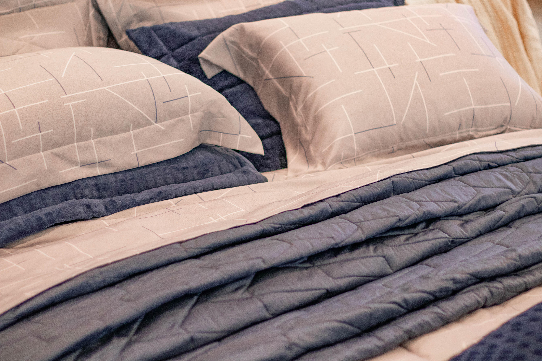 Como usar a roupa de cama a favor da decoração