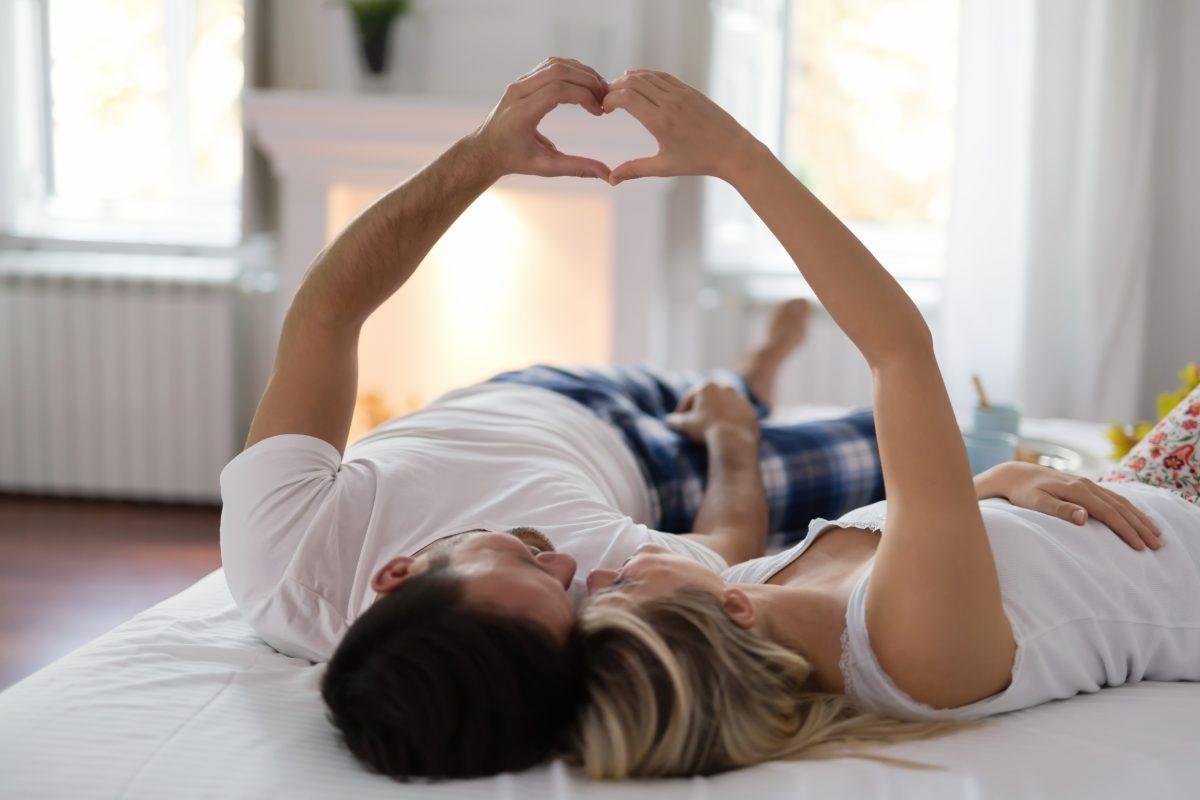 Como aproveitar o Dia dos Namorados sem sair de casa