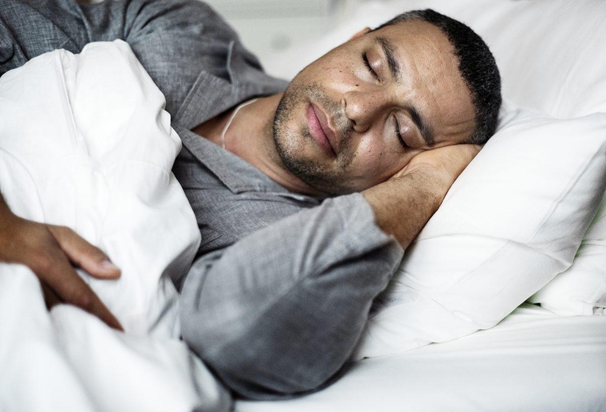 4 mitos sobre o sono que prejudicam a sua saúde