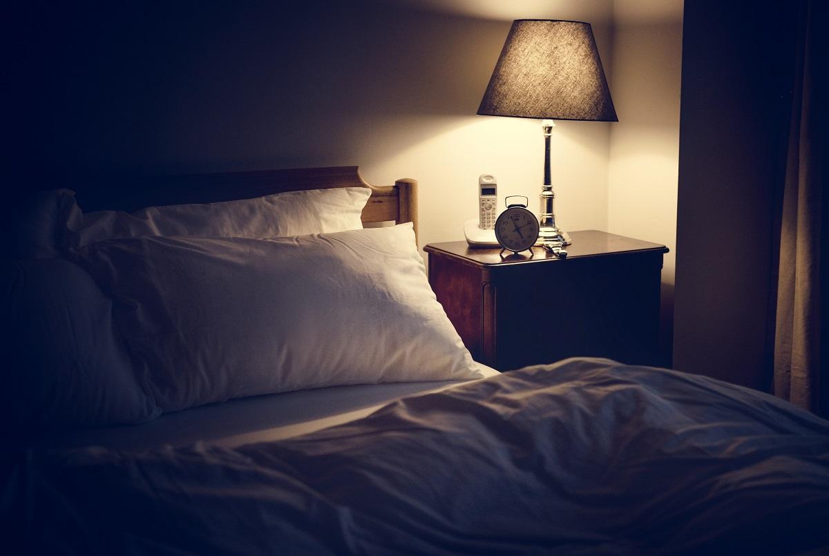 Por que a luz interfere na qualidade do seu sono?