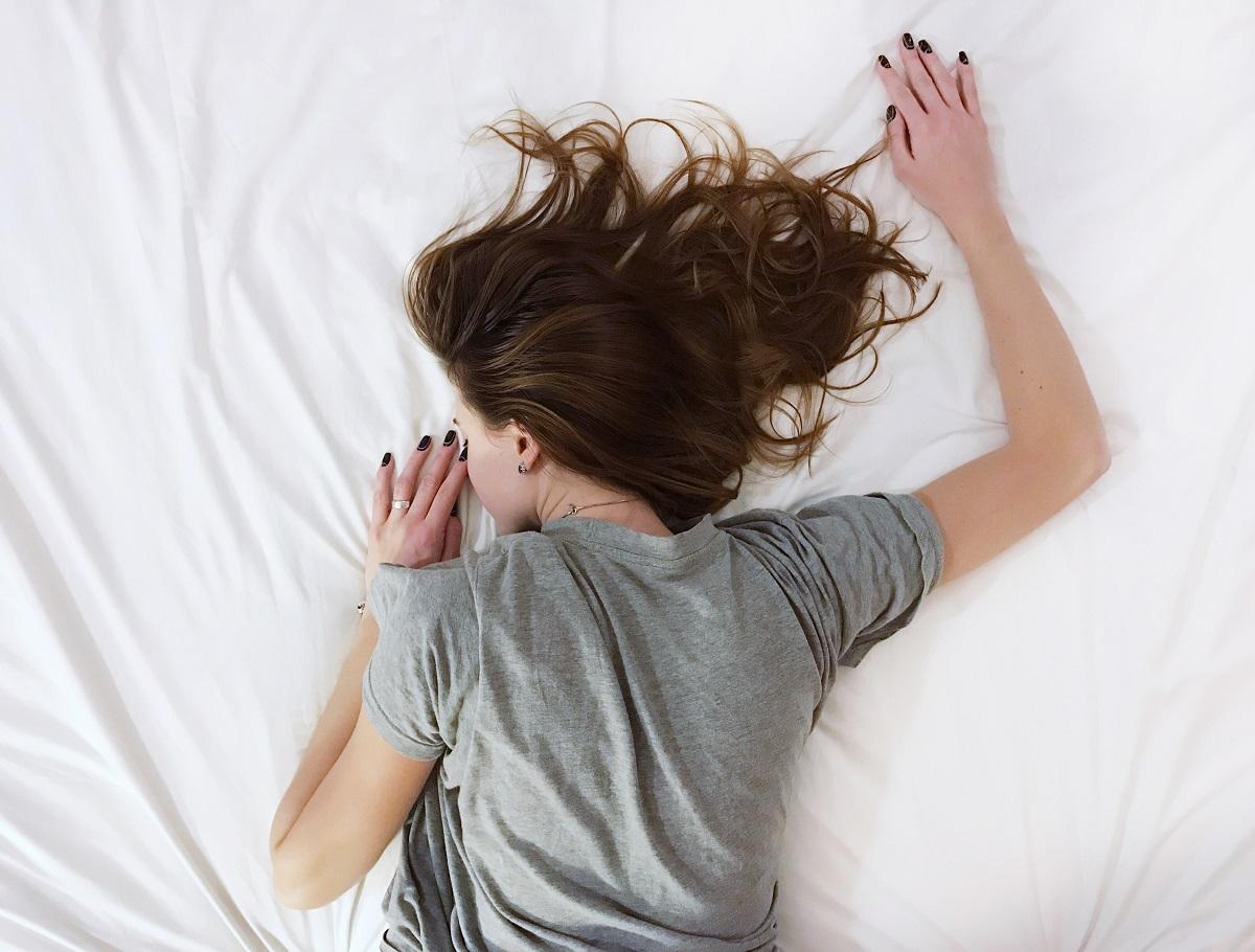 Por que é tão difícil dormir fora de casa?