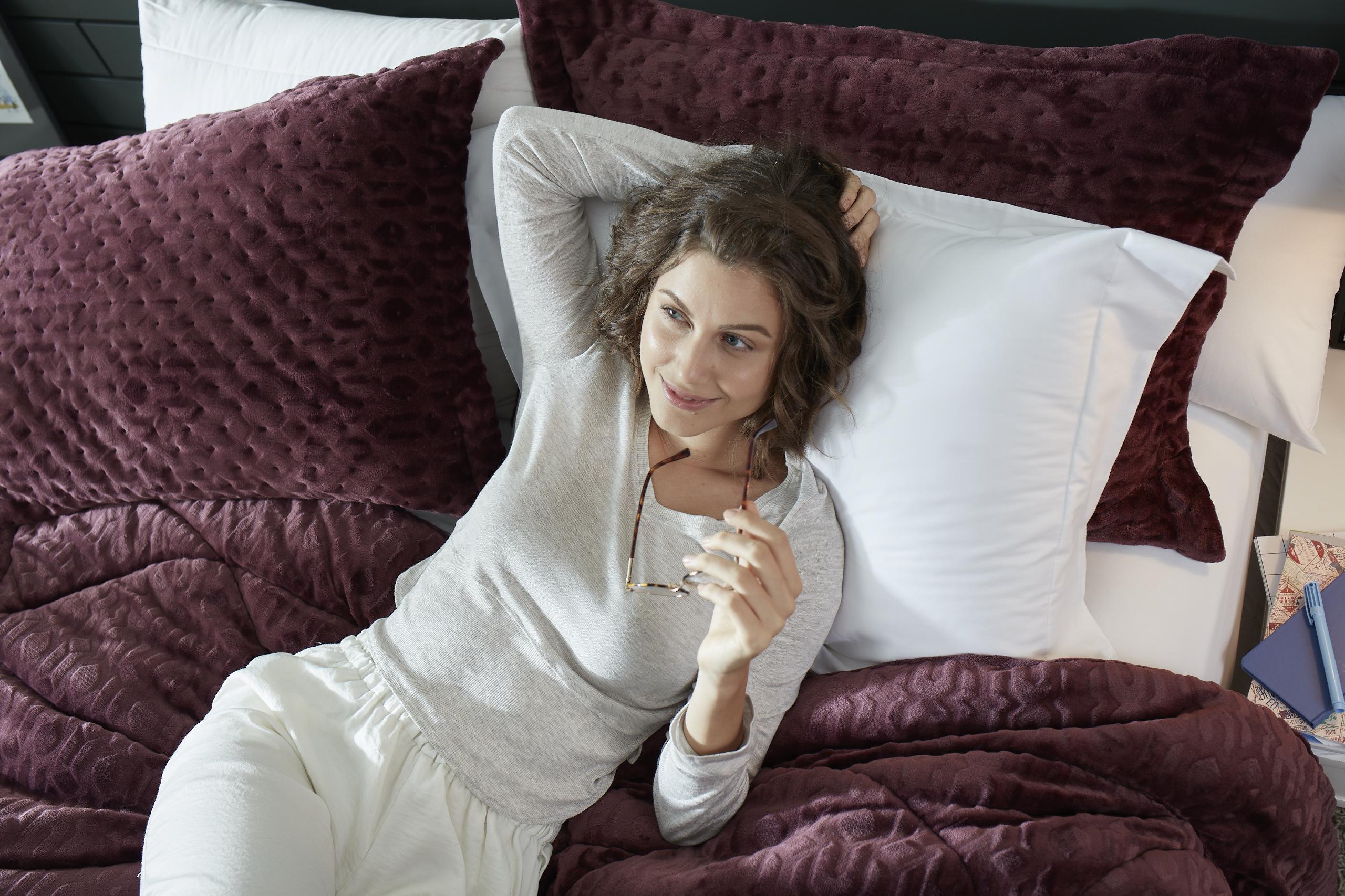 As baixas temperaturas chegaram: como higienizar as roupas de cama?