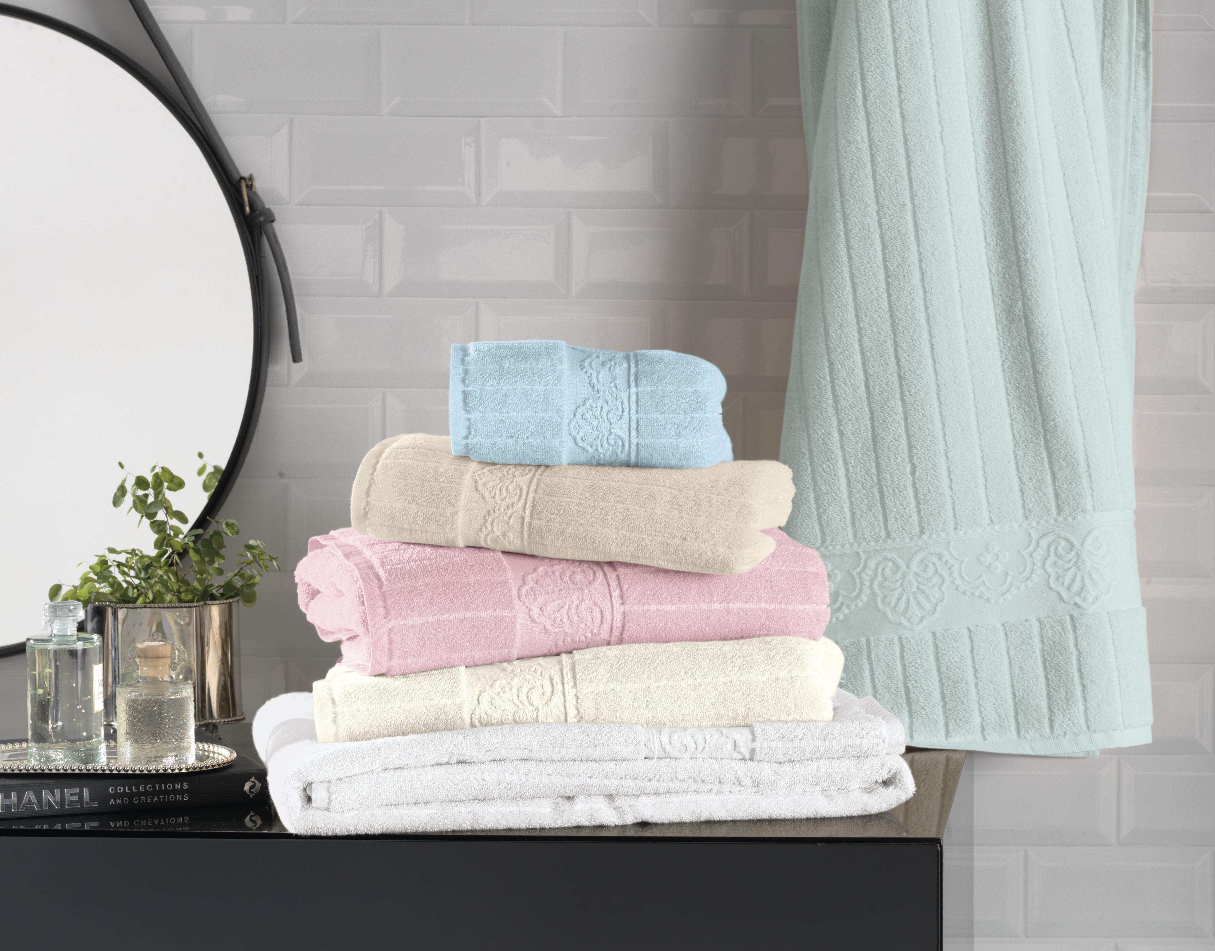 Bonitas e macias: você sabe como cuidar das toalhas?